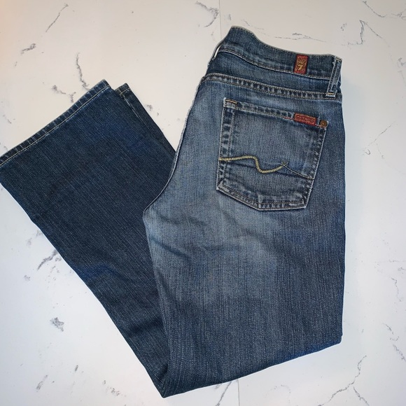 7 For All Mankind Denim - 7 For All Mankind Slightly Flared Capris